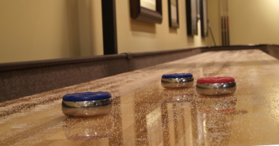 St Augustine SOLO® Shuffleboard Installers Image.